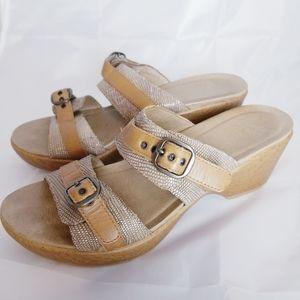 Dansko Jessie Lizard Sand Print sandal tan size 40
